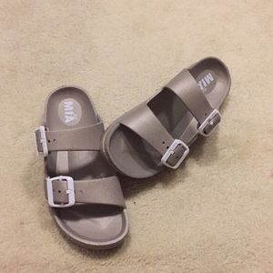 Mia light weighted slides.  Big kid 2